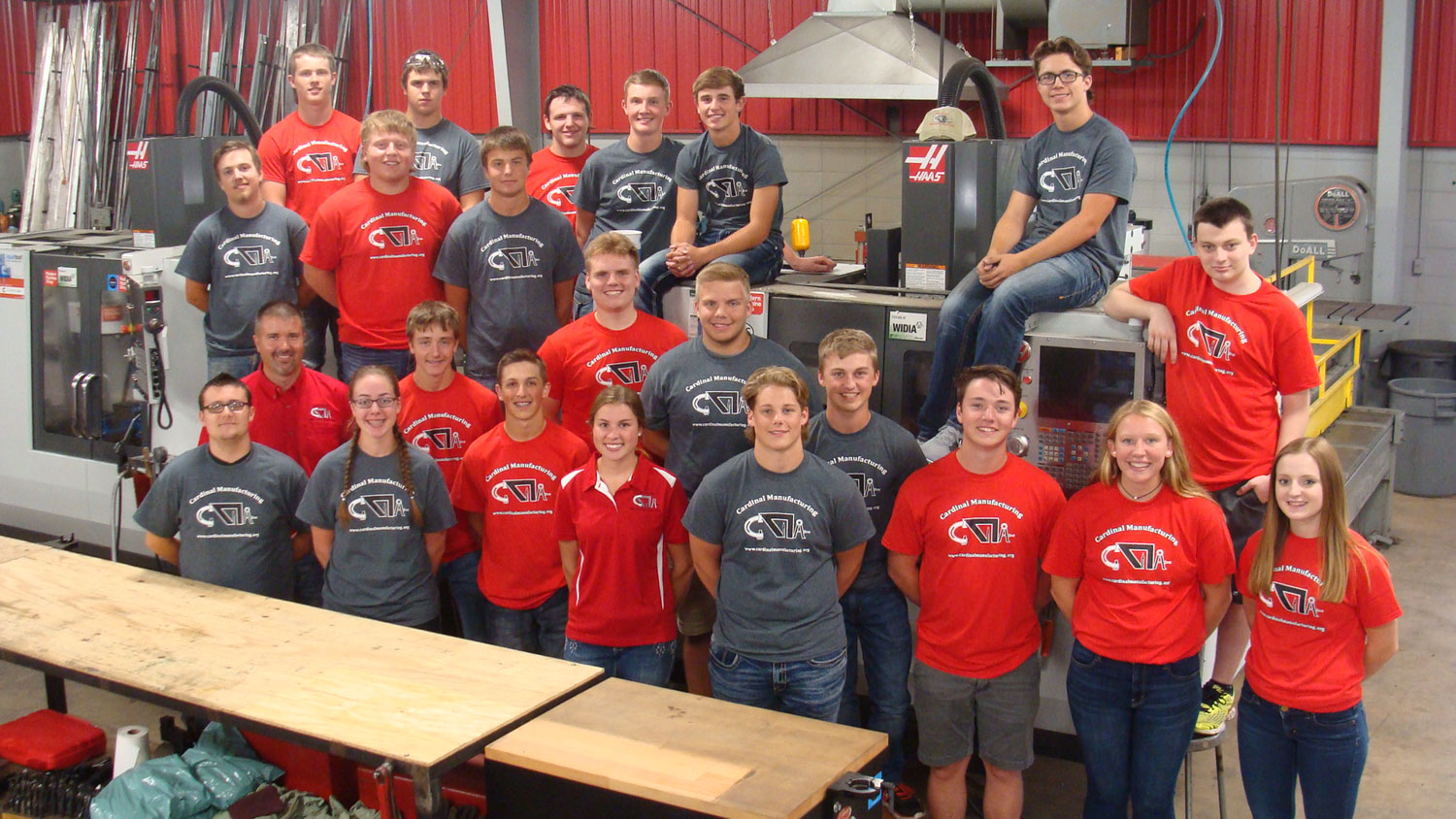 Cardinal Manufacturing Class Picture 2017-18